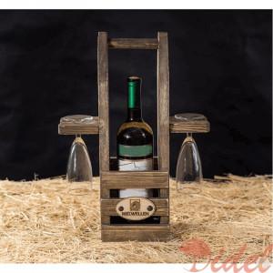 Деревянный футляр для вина и бокалов
