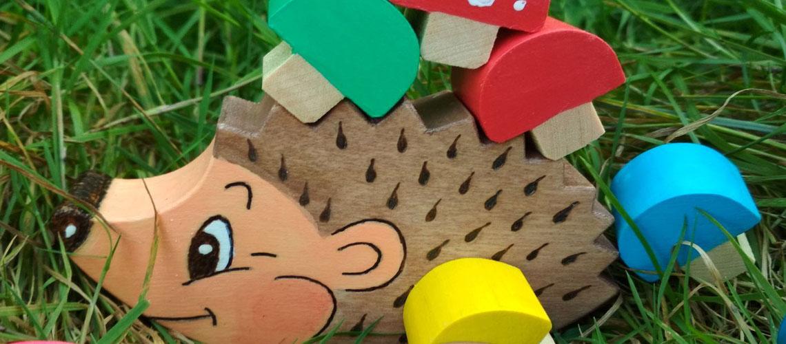 Деревянный балансир «Ежик с грибочками»